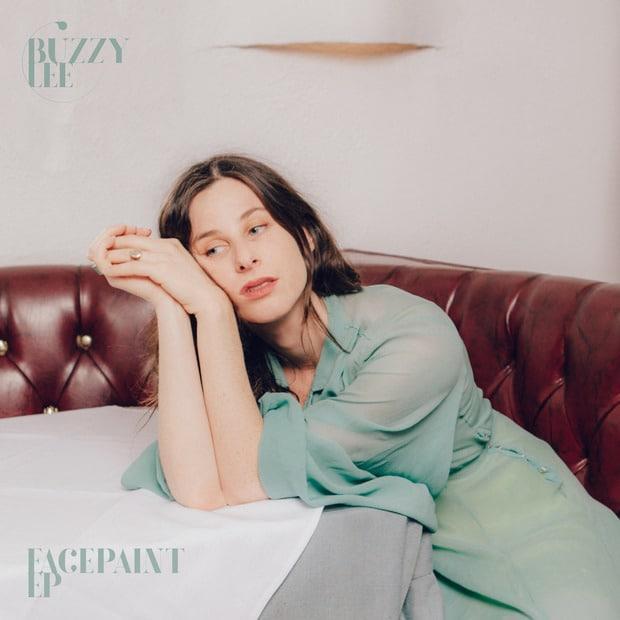 Buzzy Lee - Facepaint (EP) – Меланхолия электронного даунтемпо