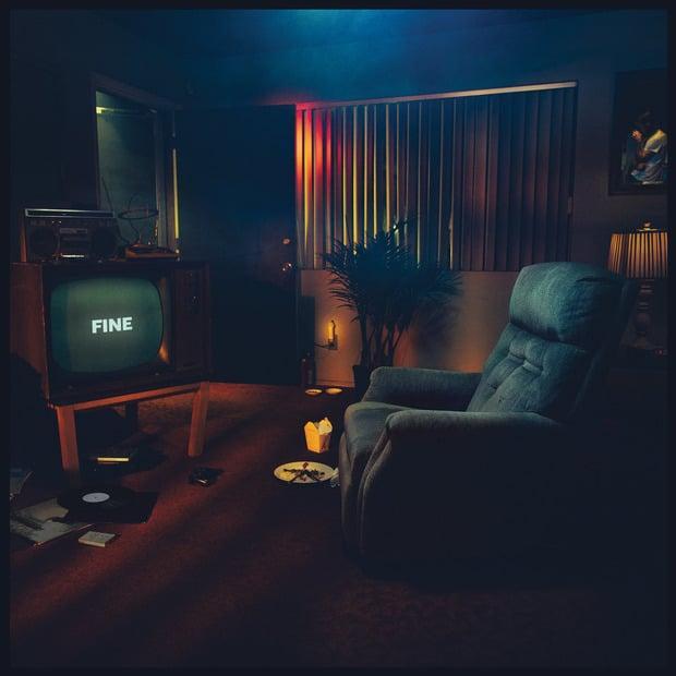 Sonoio – Fine – Альтернативный индастриал-поп